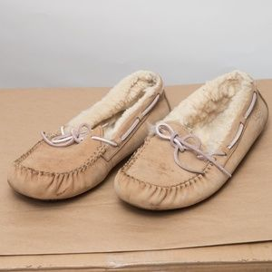 UGG Dakota Moccasin Slipper 10